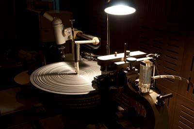 Acetate cutting lathe (photo credit: JacoTen)